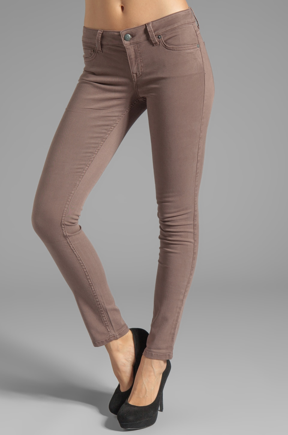 Level 99 Liza Skinny in Hazelnut