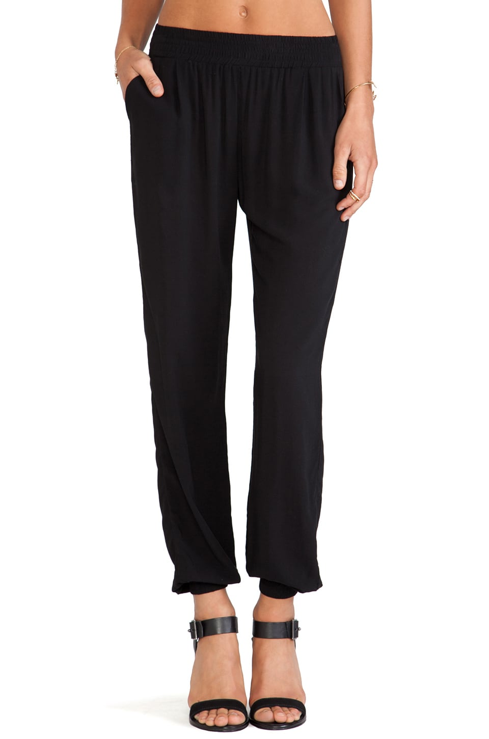Lisakai Pant in Black