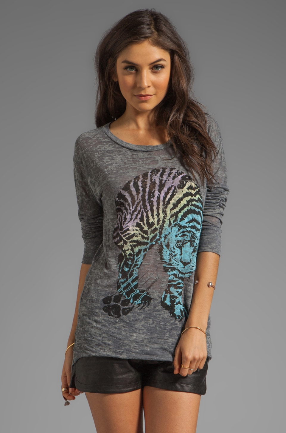 Lauren Moshi Bayle Color Tiger Pocket Tee in Heather Grey