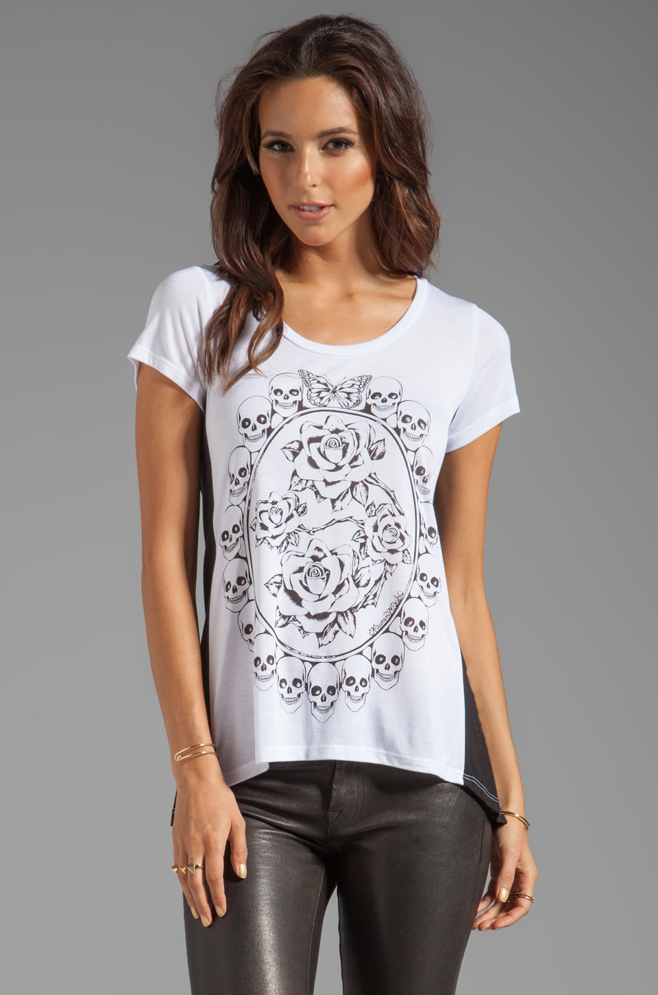 Lauren Moshi Betty Skull Pendant Color Block Open Back Tee in White/Black