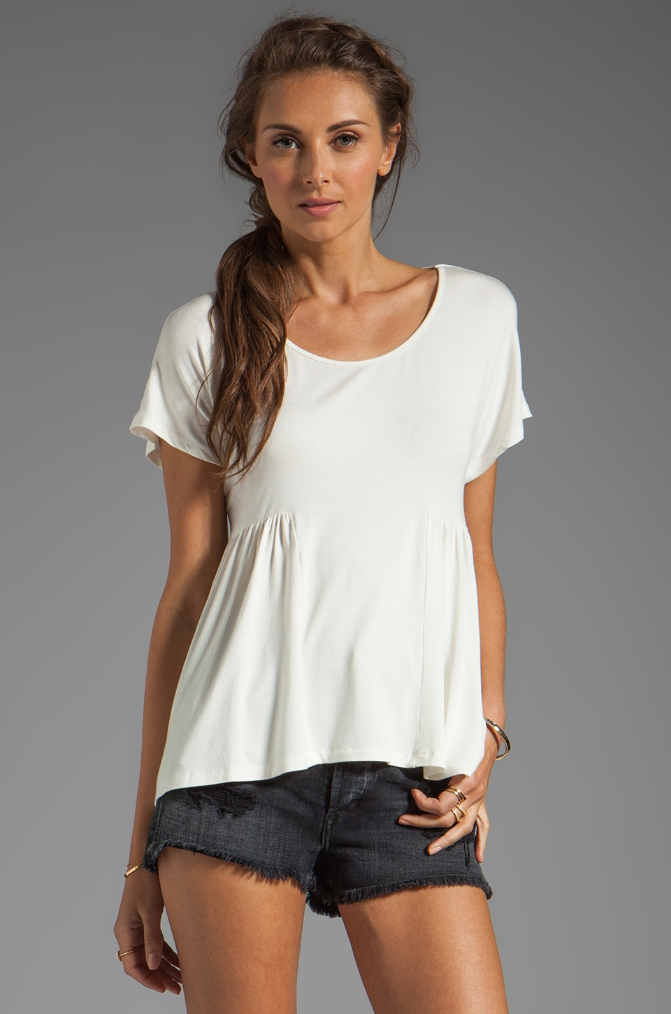 Lovers + Friends Take Me There Basic Short Sleeve Tee in White