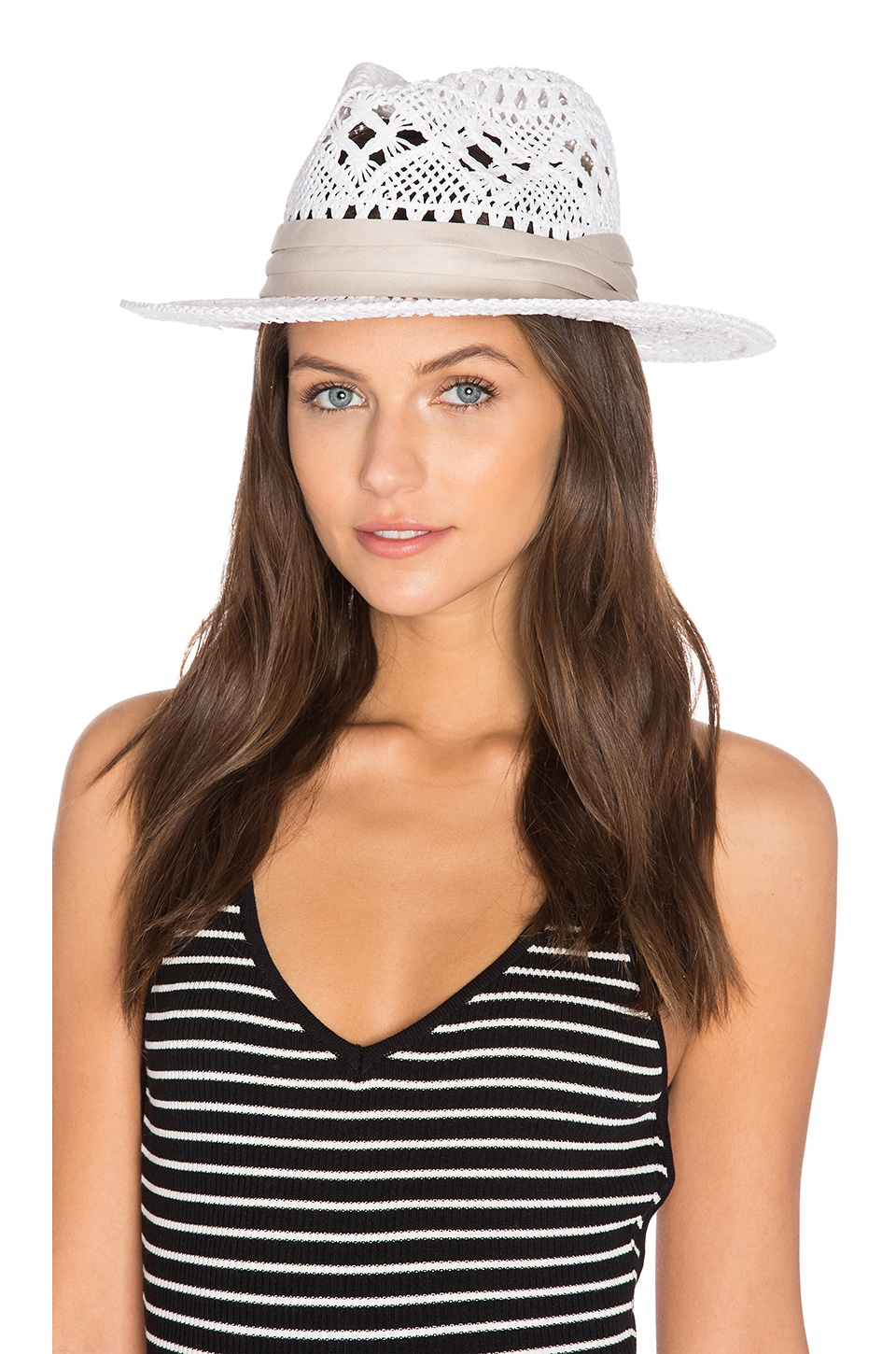 L*SPACE Jet Setter Hat in White