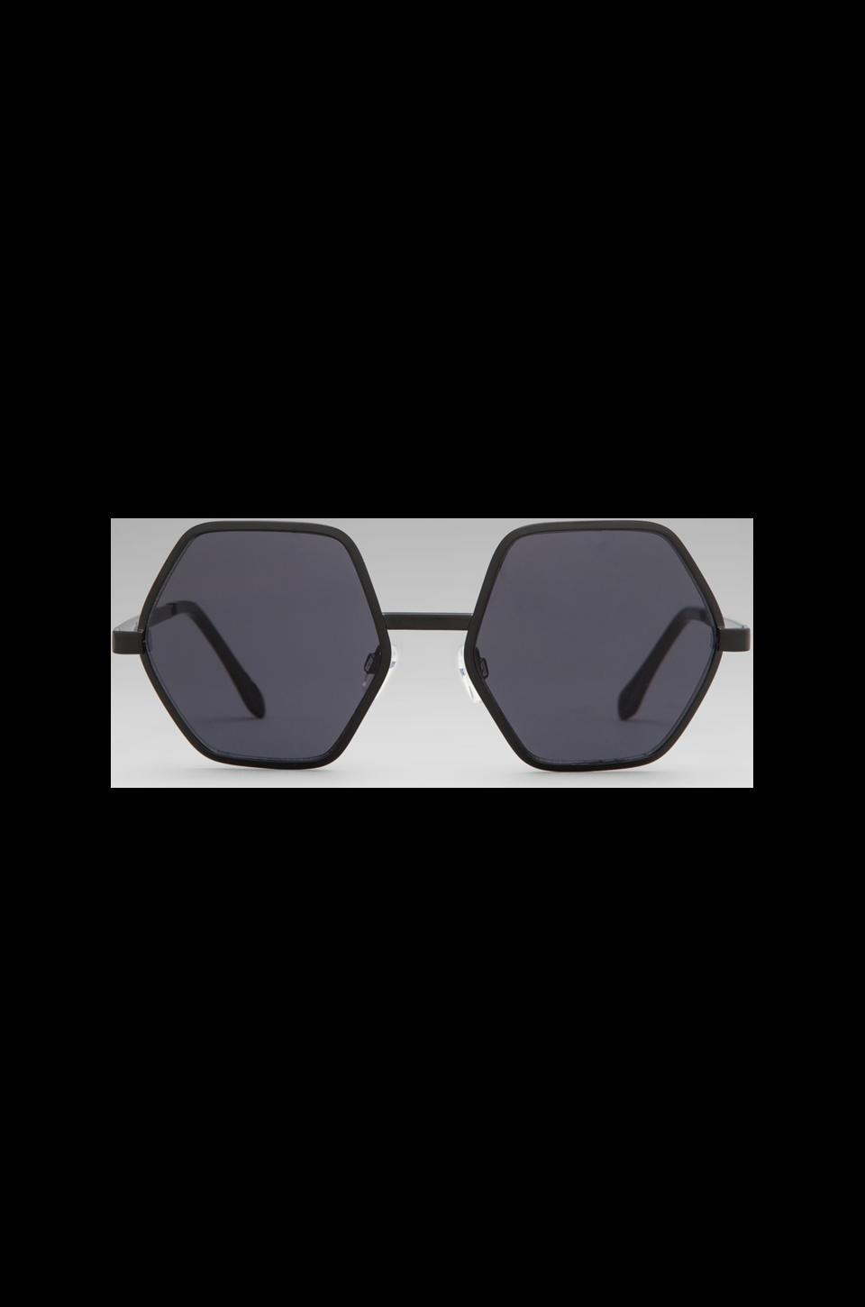 Le Specs Electric Warrior in Matte Black/ Smoke Mono