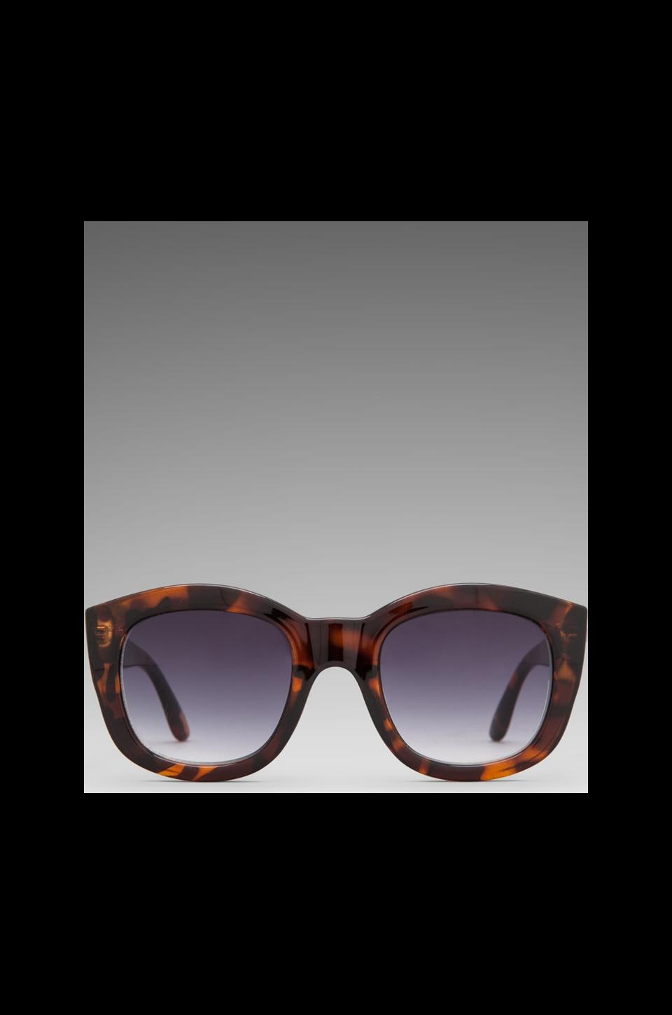 Le Specs Runaways in Tort/ Smoke Grad