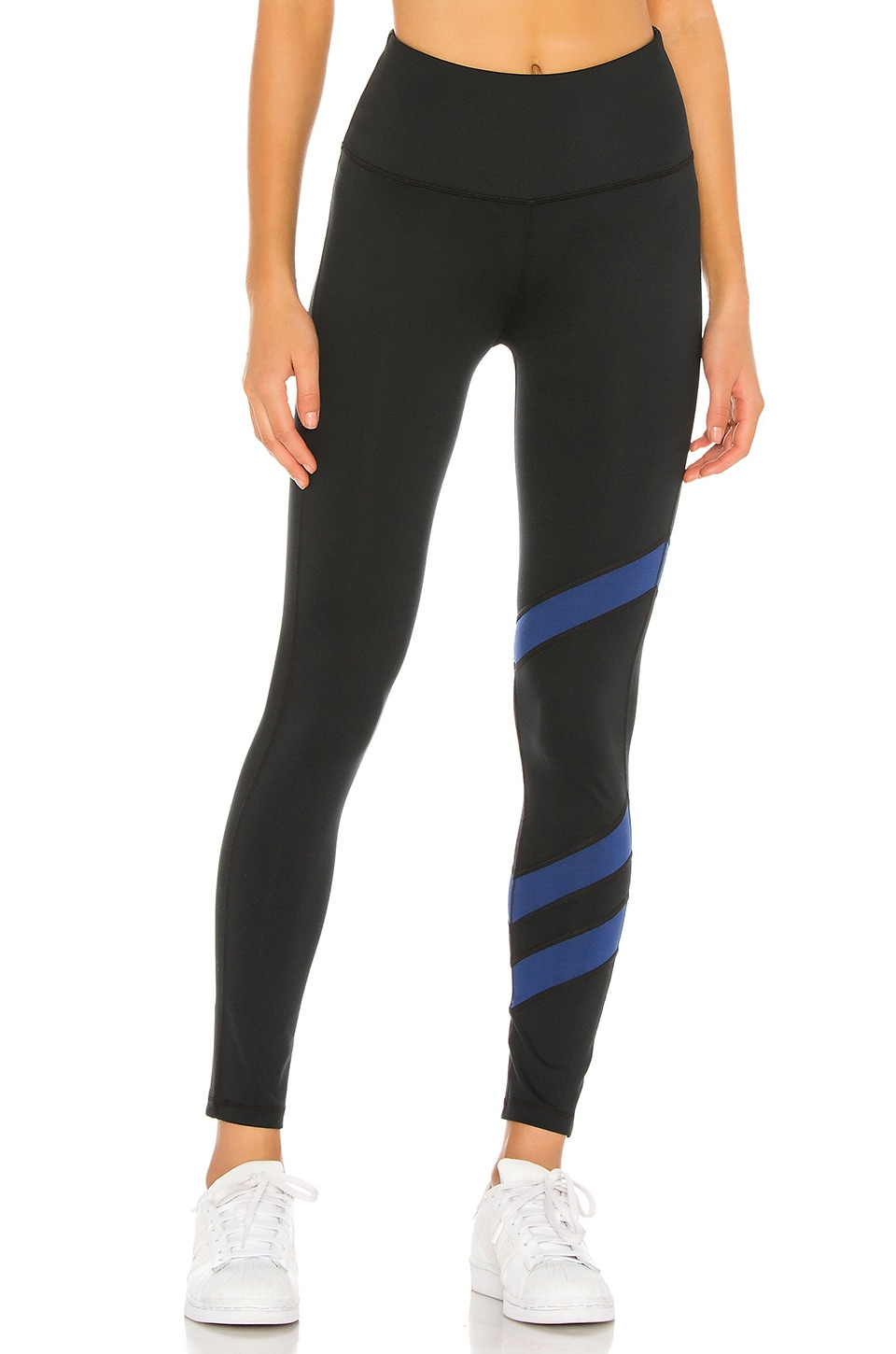 lukka lux Arrowed 7/8th Legging in Black Onyx