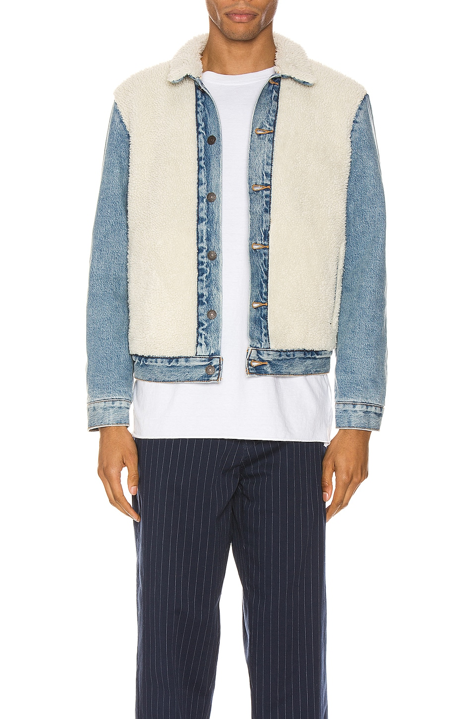 LEVI'S Premium Sherpa Panel Trucker in So Sheepy