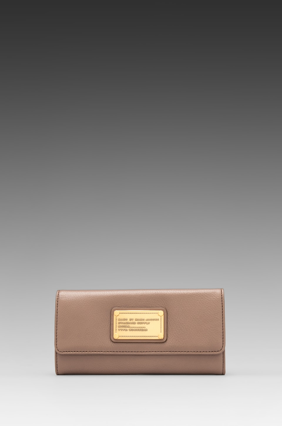 Marc by Marc Jacobs Classic Q Long Trifold in Rootbeer