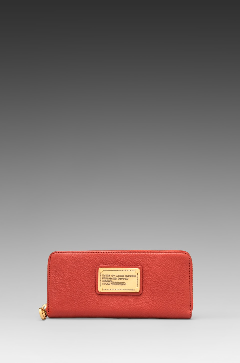 Marc by Marc Jacobs Classic Q Slim Zip Around in Bright Persimmon