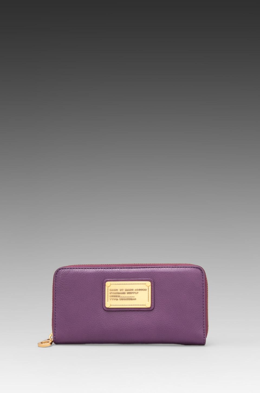 Marc by Marc Jacobs Pochette à glissière Classic Q en Pansy Purple