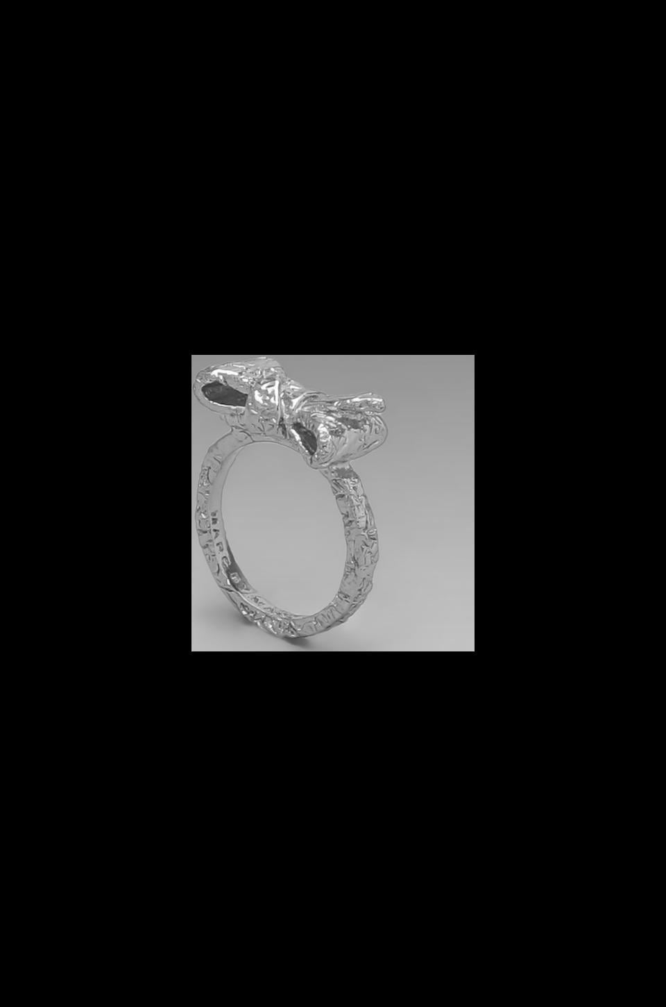 Marc by Marc Jacobs Tiny Bow Ring in Argento