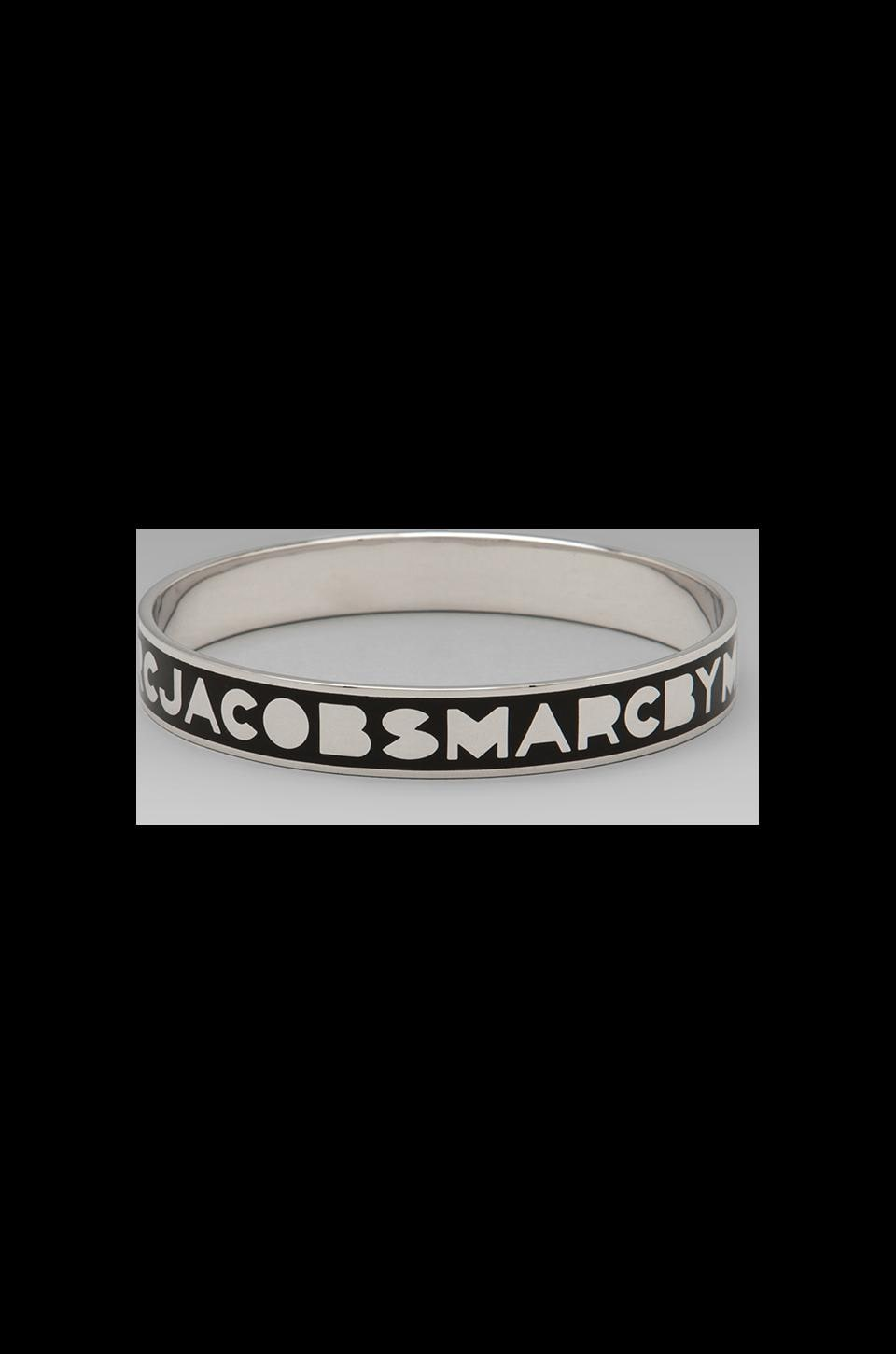 Marc by Marc Jacobs Classic Marc Logo Bangle in Black (Argento)