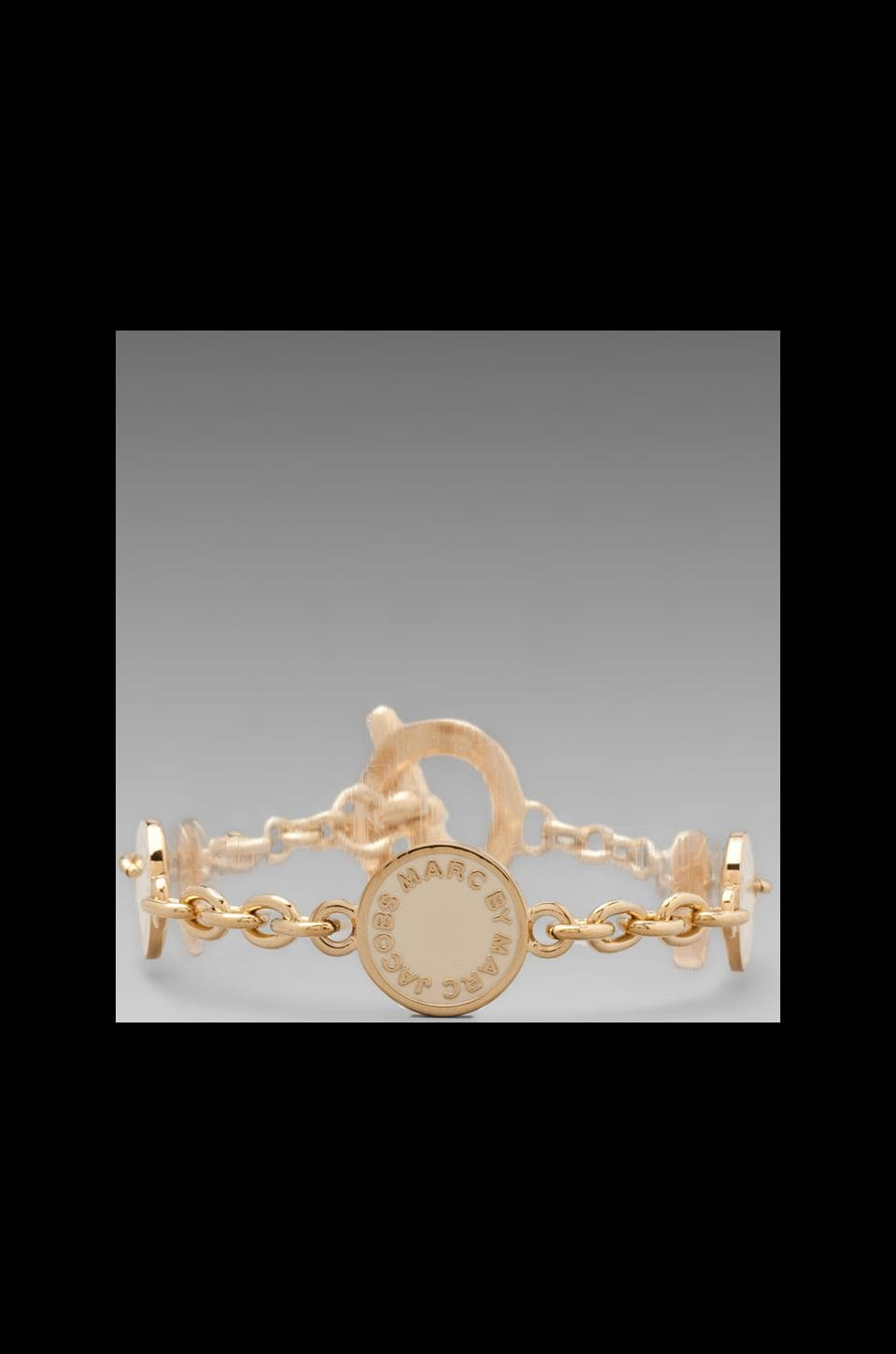 Marc by Marc Jacobs Classic Marc Toggle Charm Bracelet in Cream/Oro