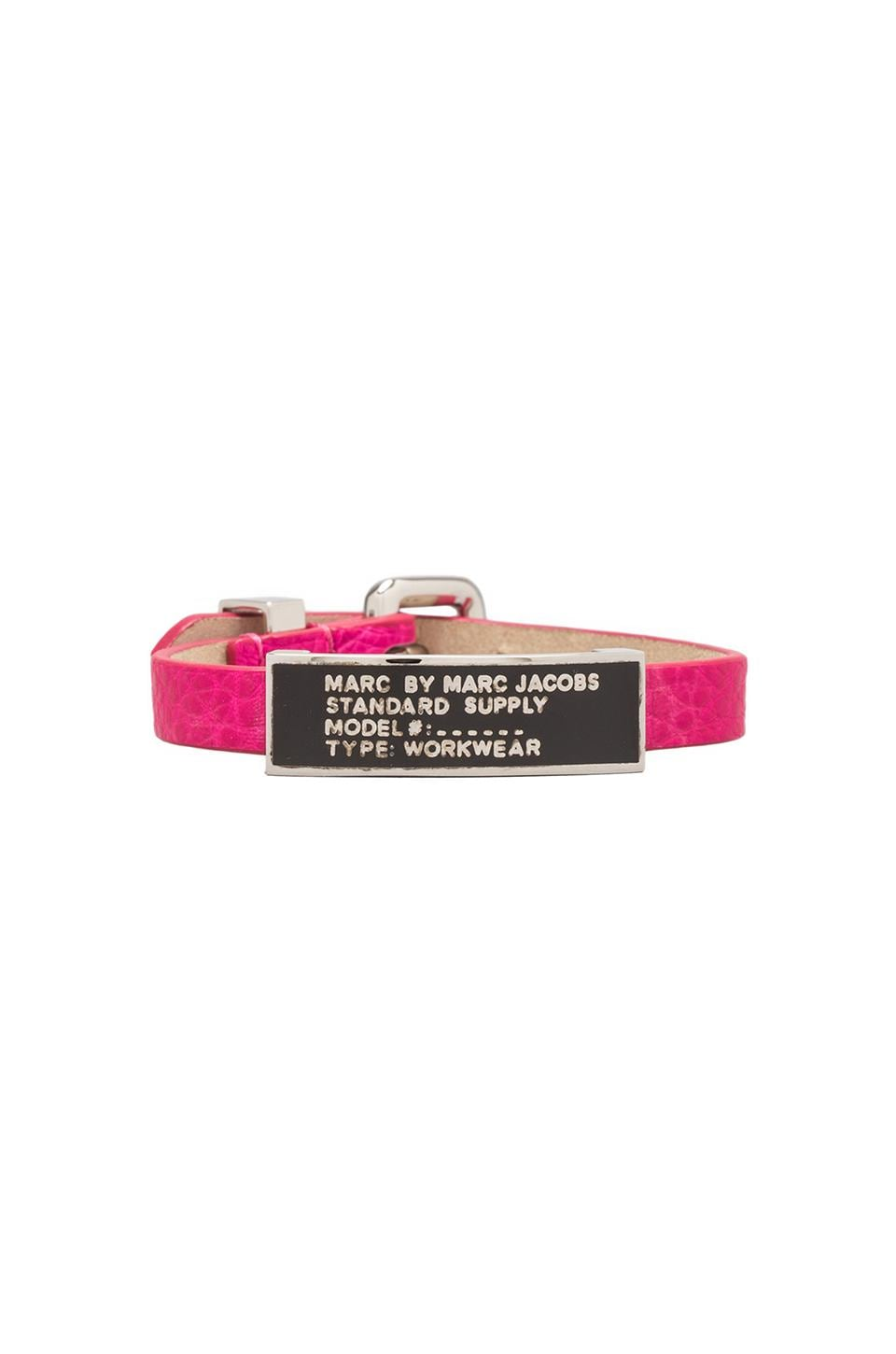 Marc by Marc Jacobs Enamel Standard Supply ID Bracelet in Pop Pink/Black (Argento)