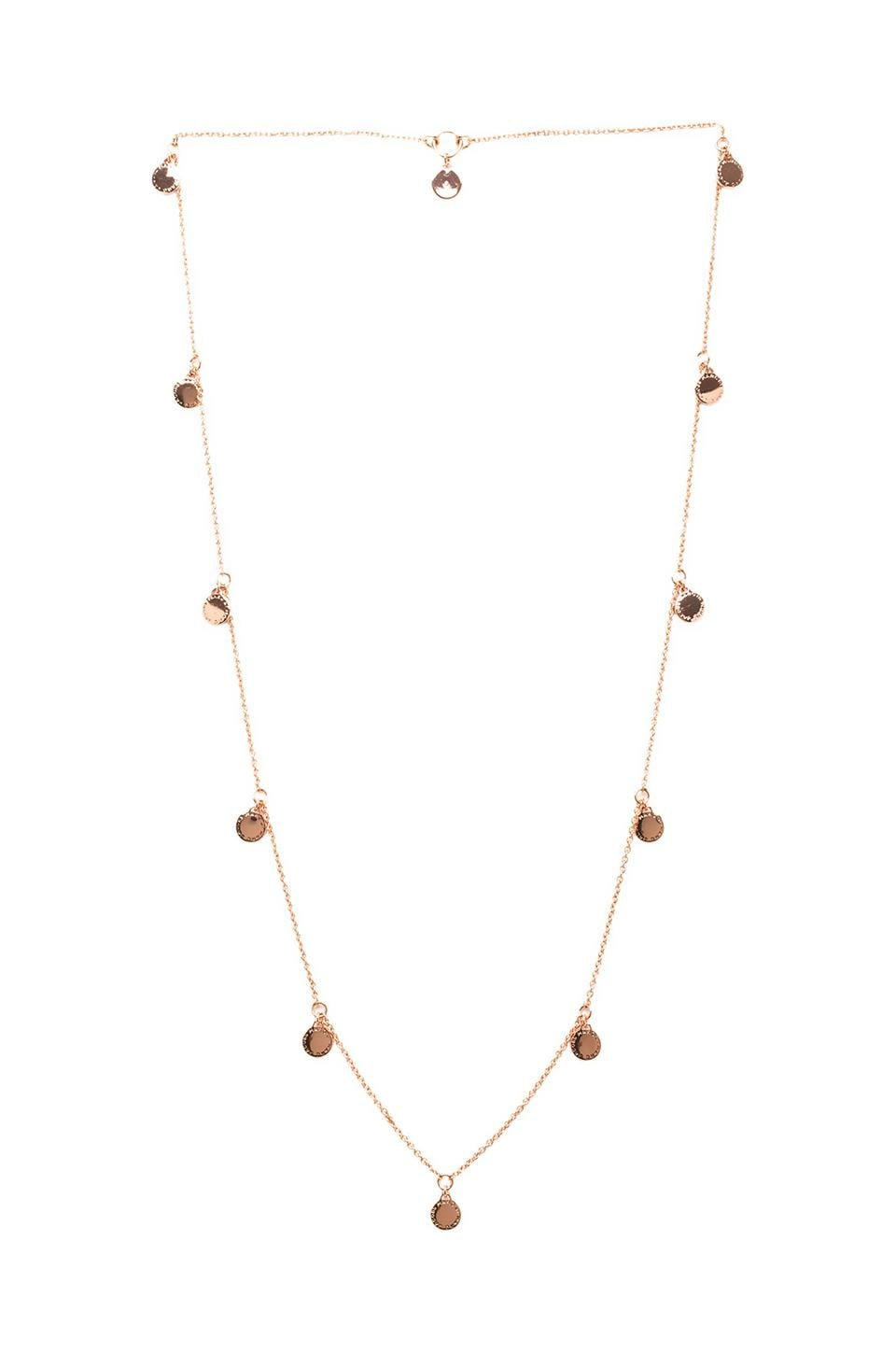 Marc by Marc Jacobs Long Charm Necklace en Or Rose