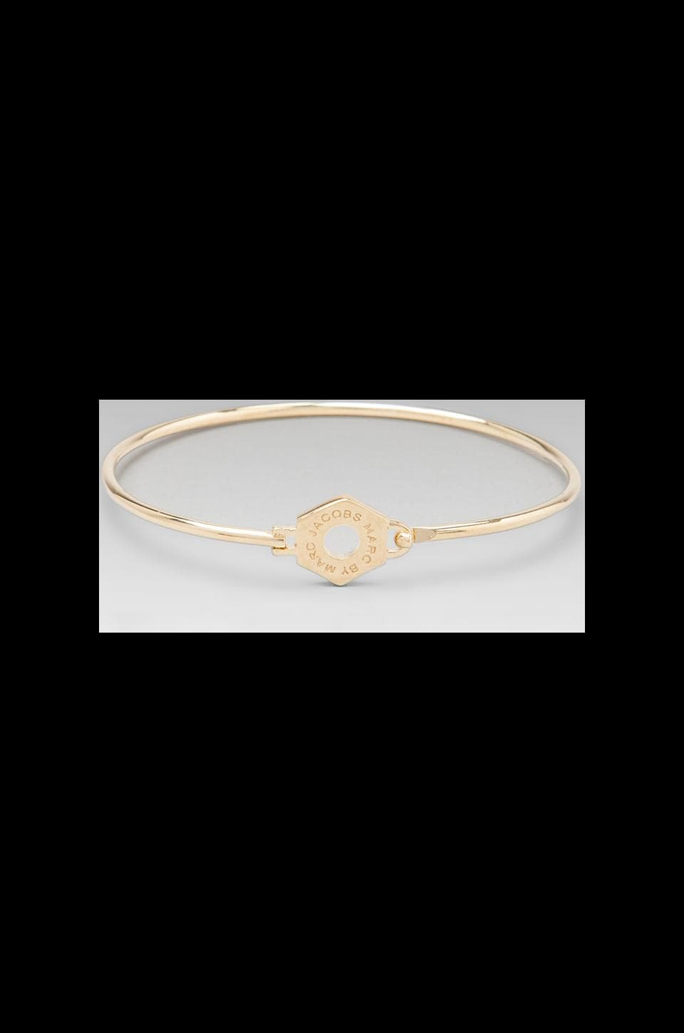 Marc by Marc Jacobs Skinny Bolt Bracelet in Oro