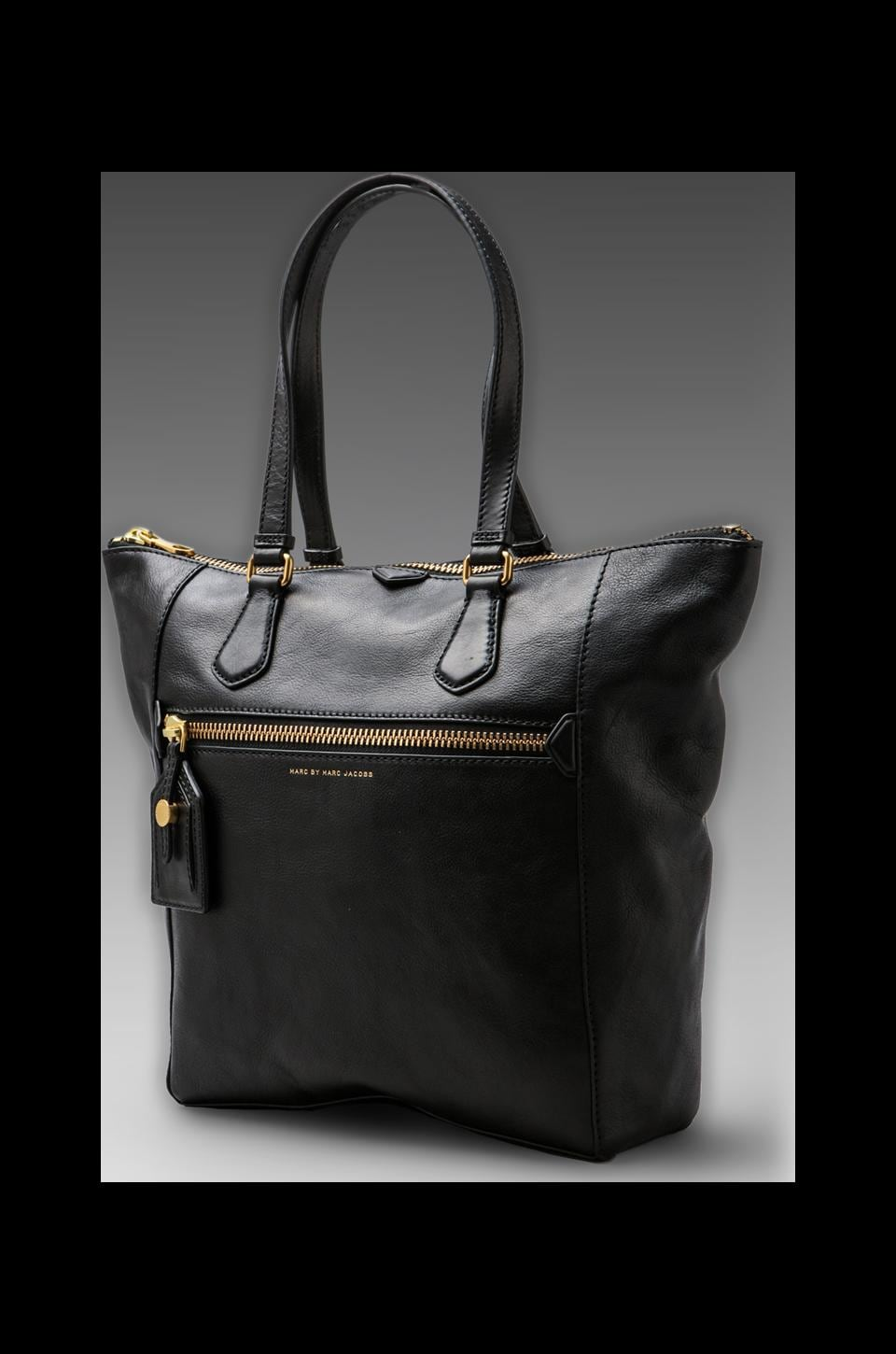 Marc by Marc Jacobs Globetrotter Zip Tote in Black