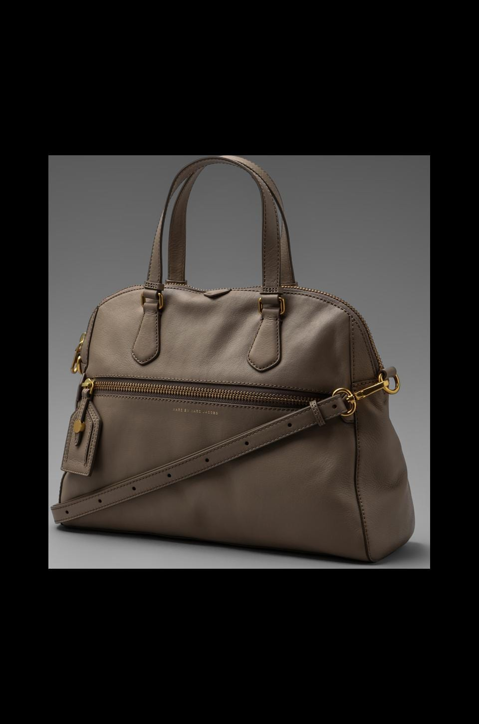 Marc by Marc Jacobs Globetrotter Calamity Rei in Cement