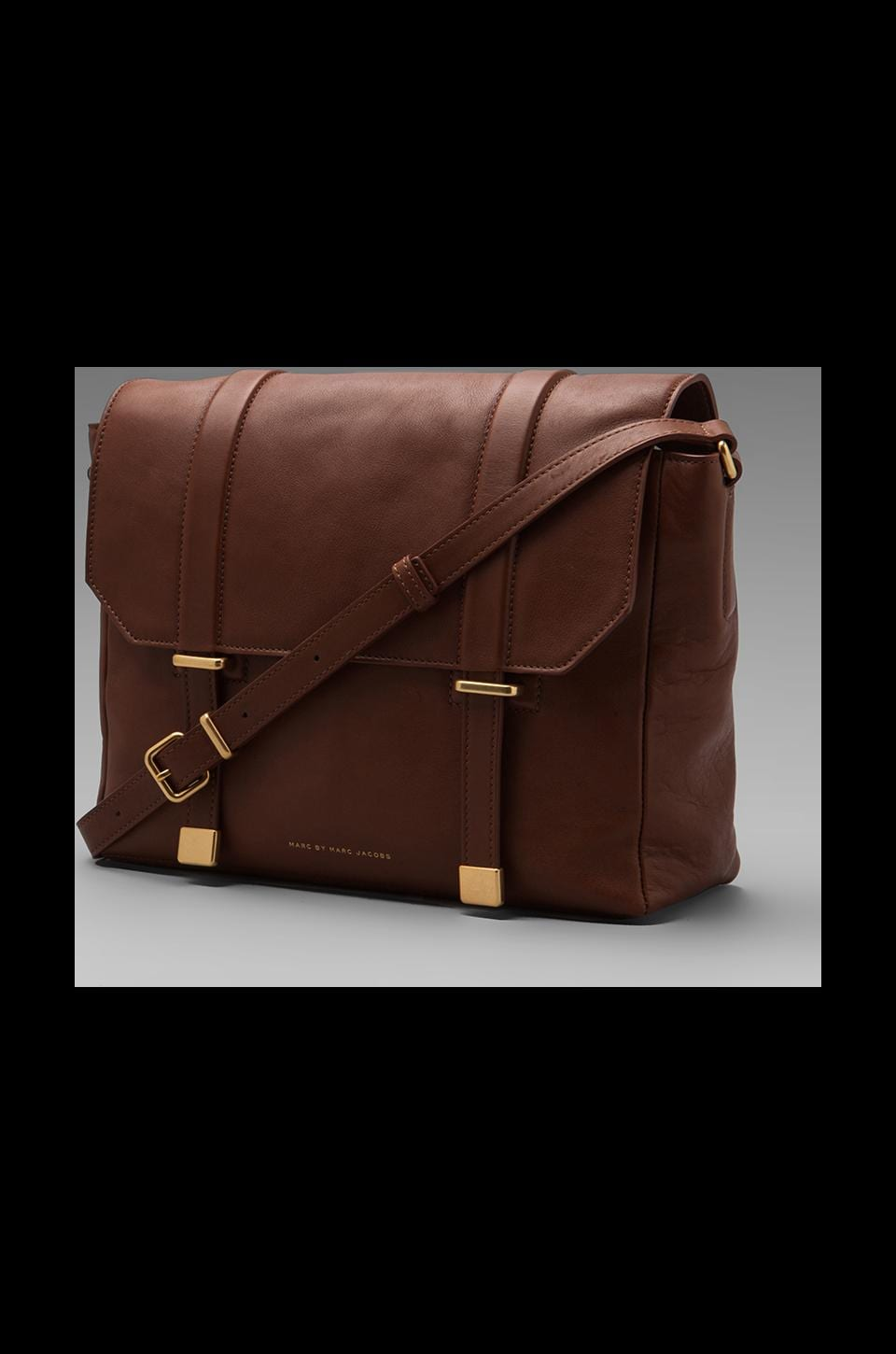 Marc by Marc Jacobs Natural Selection Messenger in Cinnamon Stick