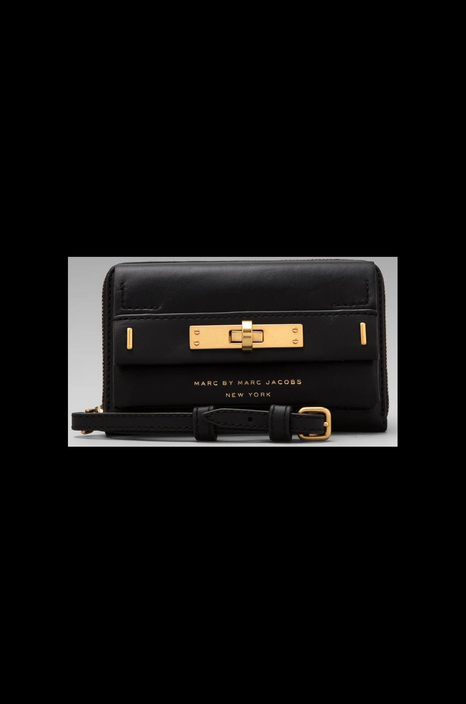 Marc by Marc Jacobs East End Solids Amaze Clutch in Black