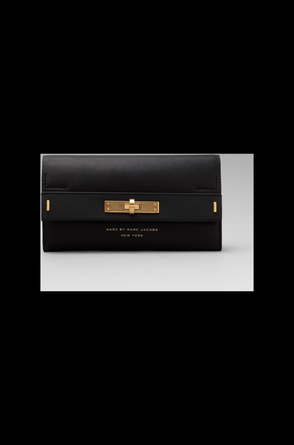 Marc by Marc Jacobs East End Solids New Long Trifold Clutch in Black