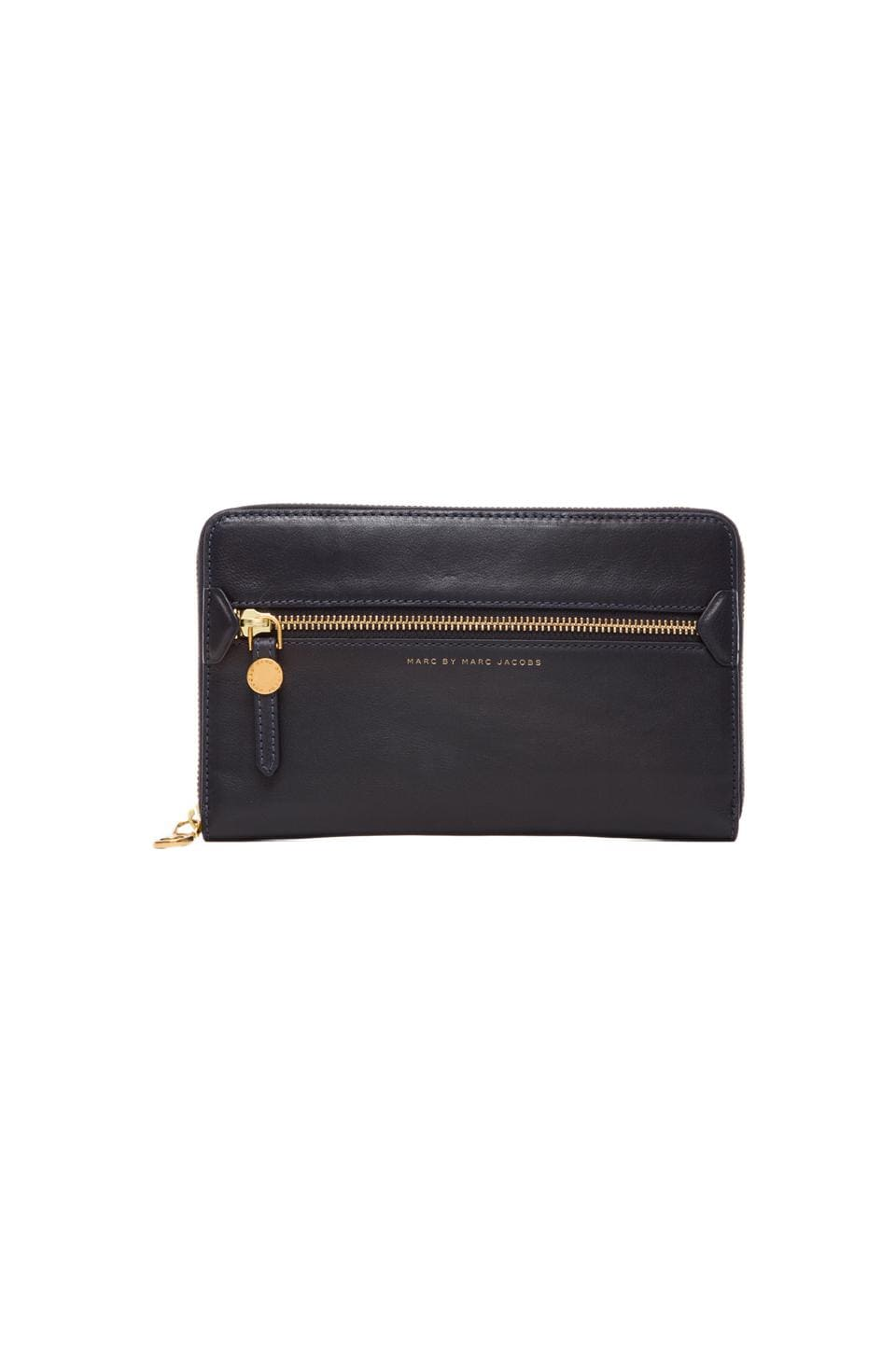 Marc by Marc Jacobs Globetrotter Travel Wallet in Midnight Navy