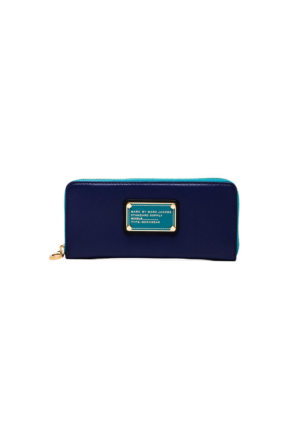 Marc by Marc Jacobs Classic Q Slim Zip Around in Bright Royal Multi