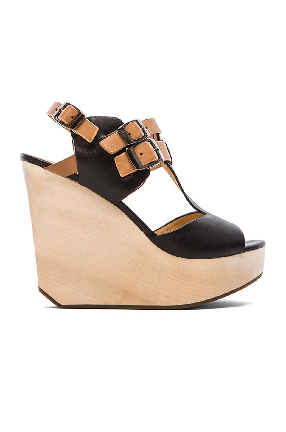 Matiko Tressa Wedge in Black