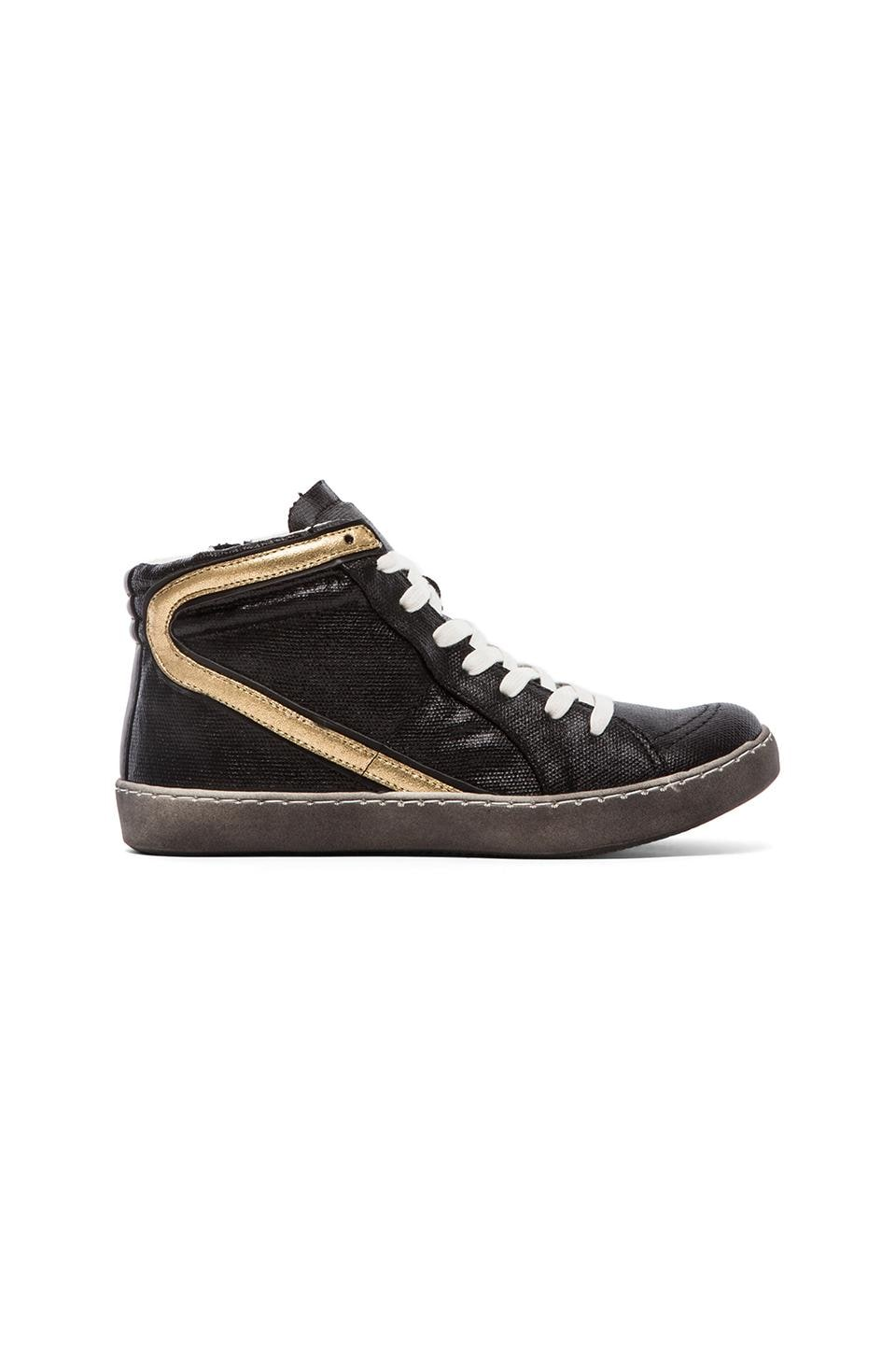 Matisse Alva Sneaker in Black