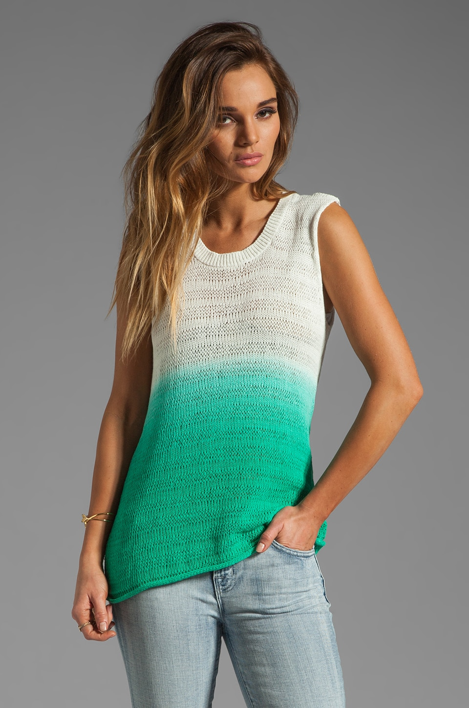 Michael Stars Sweaters Sleeveless Scoop Neck Tank Tank in White/Maldives Green