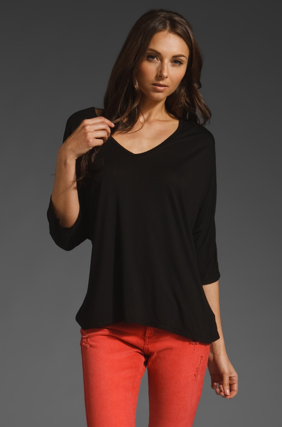 Michael Lauren Jona Crop V-Neck Tee in Black