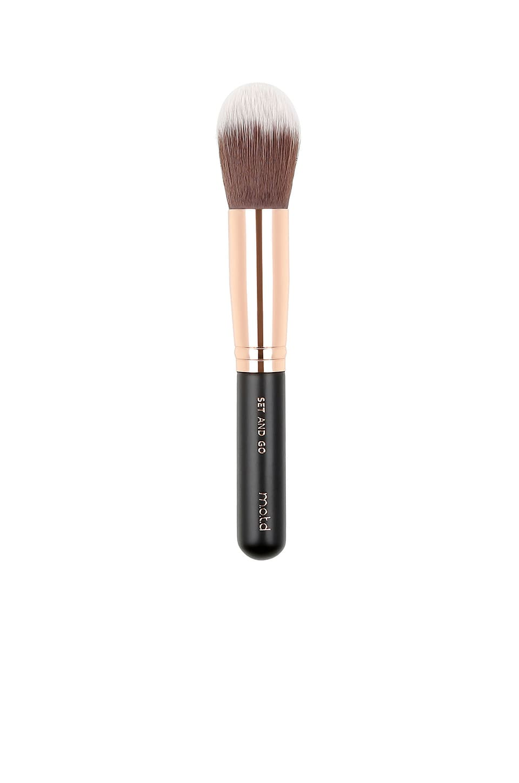 M.O.T.D. Cosmetics Set And Go Powder Brush