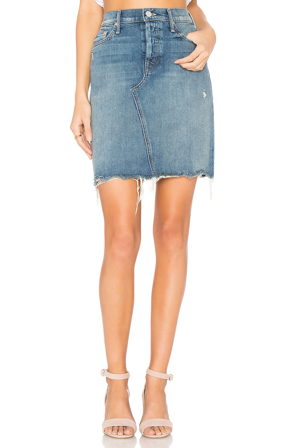 MOTHER The Tomcat Mini Fray Skirt in Playing Dirty