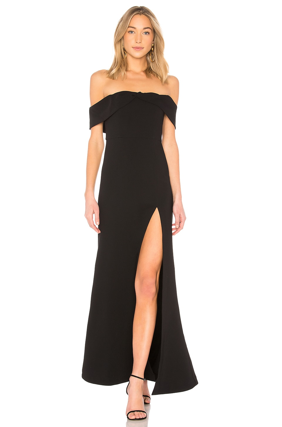Mas Besos Gown