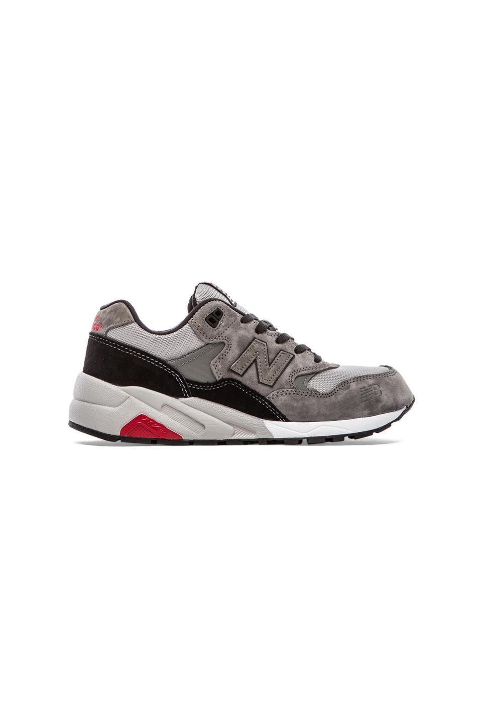New Balance Elite Edition MRT580 in Grey/Black