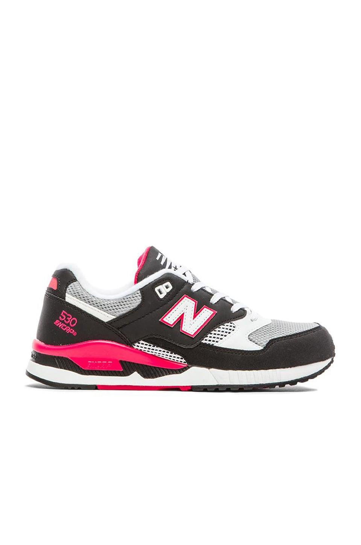 New Balance M530 in Black Grey Pink