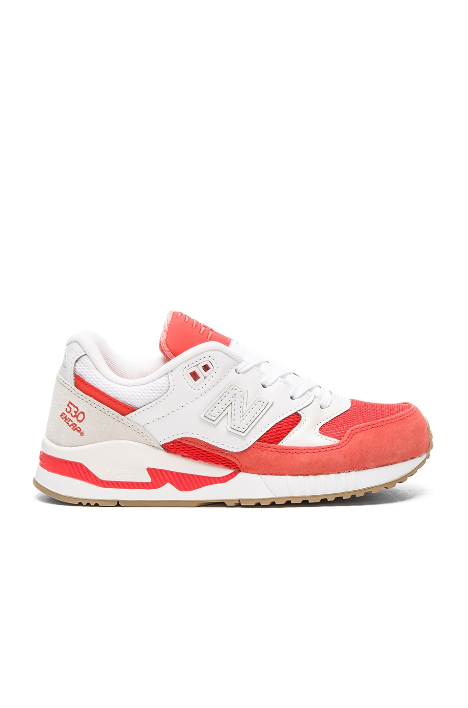 New Balance 530 Summer Waves Sneaker in Coral Glow & White