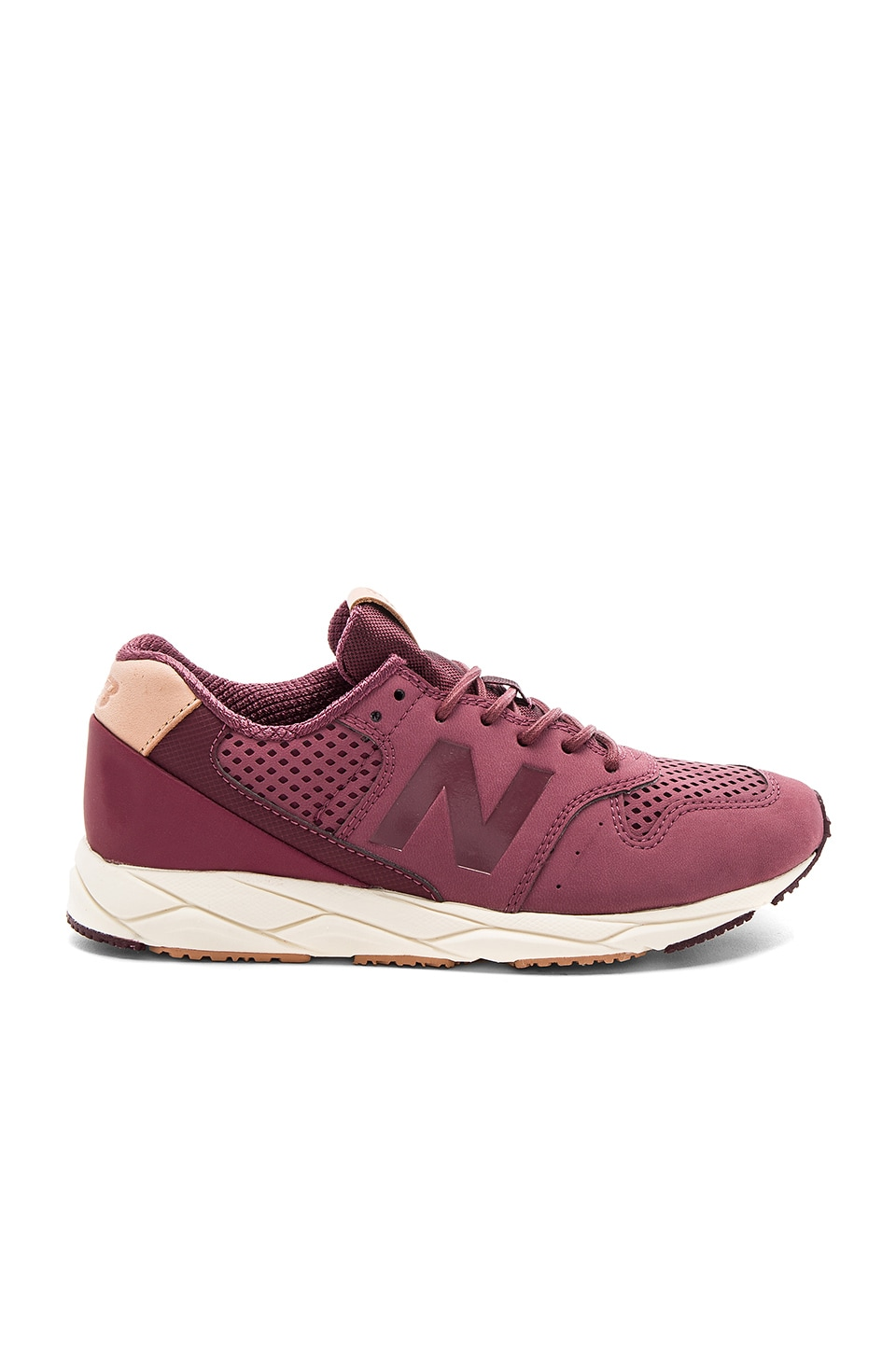 New Balance Mash Up Sneaker in Boysenberry