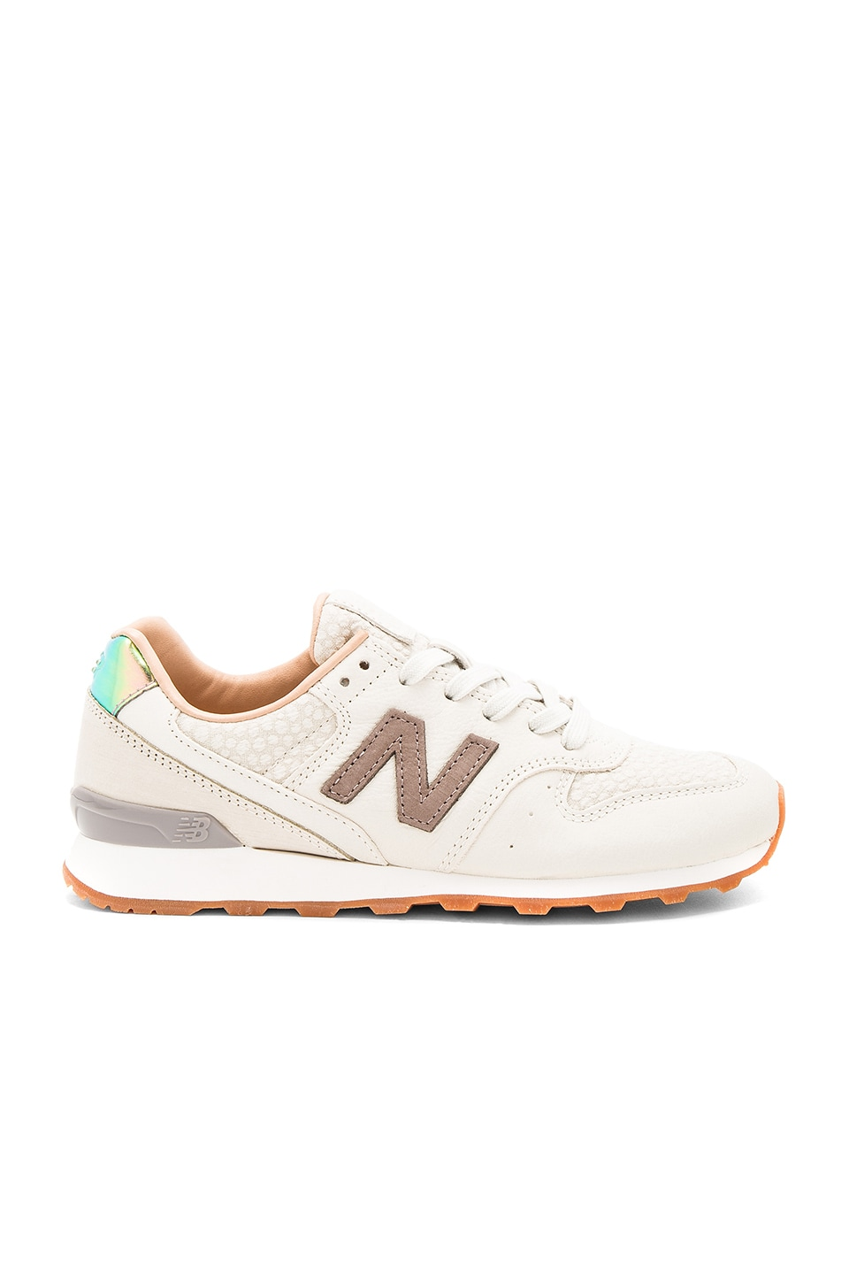 New Balance NB Grey Sneaker in Powder & Cresent