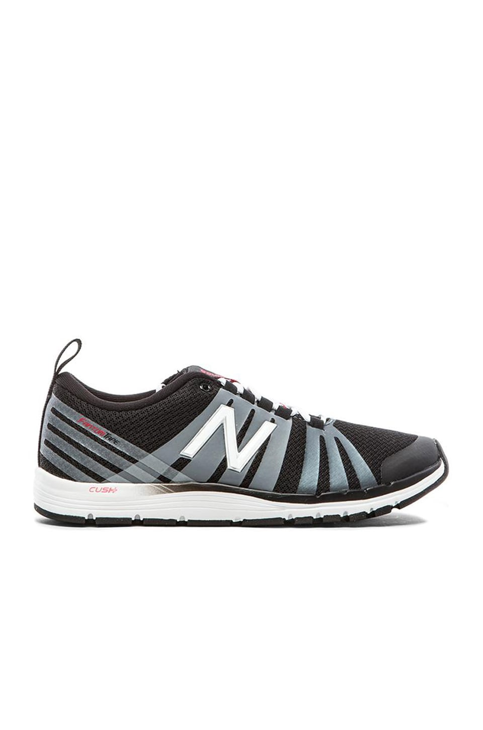 New Balance 811 in Black