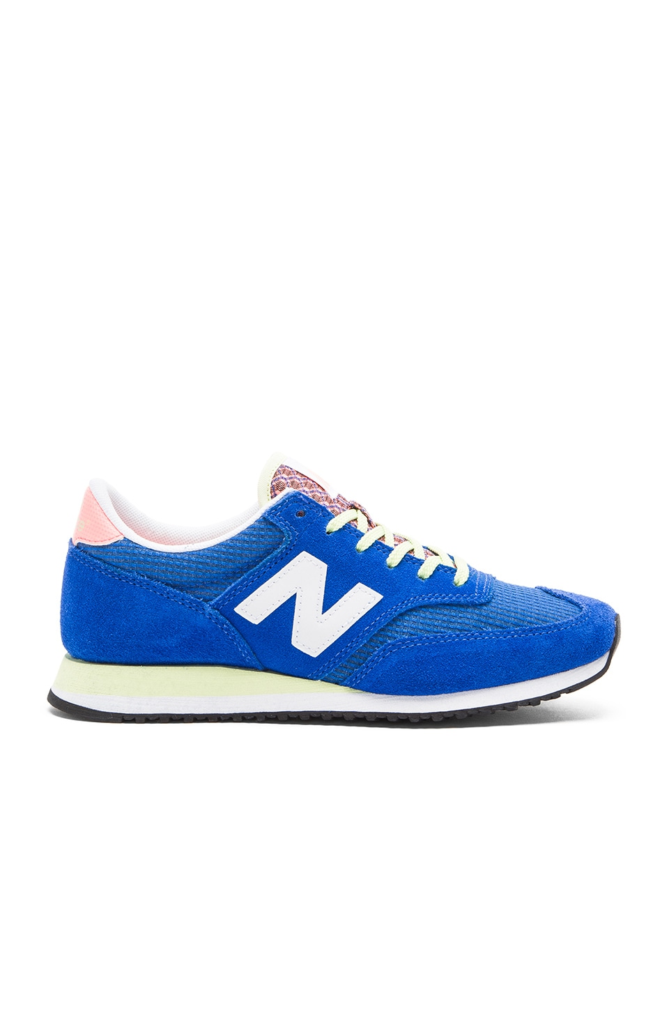 New Balance 620 Sneaker in Electric Blue