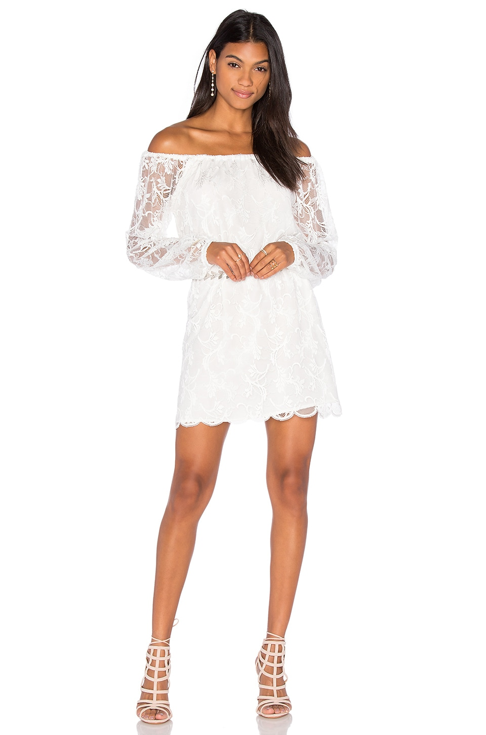 Dentelle Off Shoulder Dress