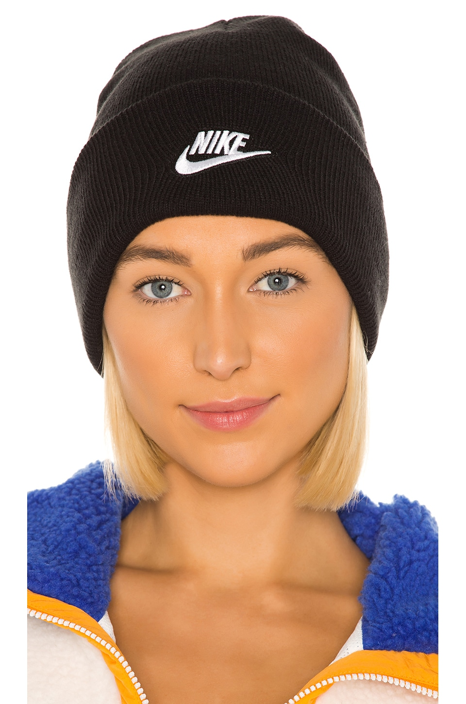Nike NSW Cuffed Utility Beanie in Black