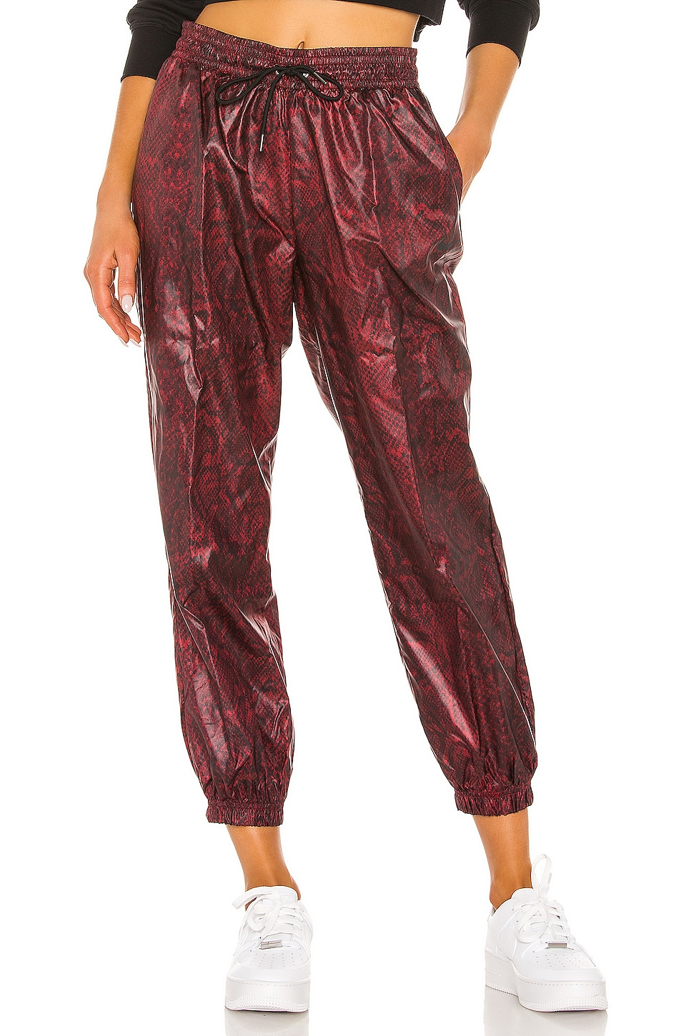 Nike Python Pant in Team Red