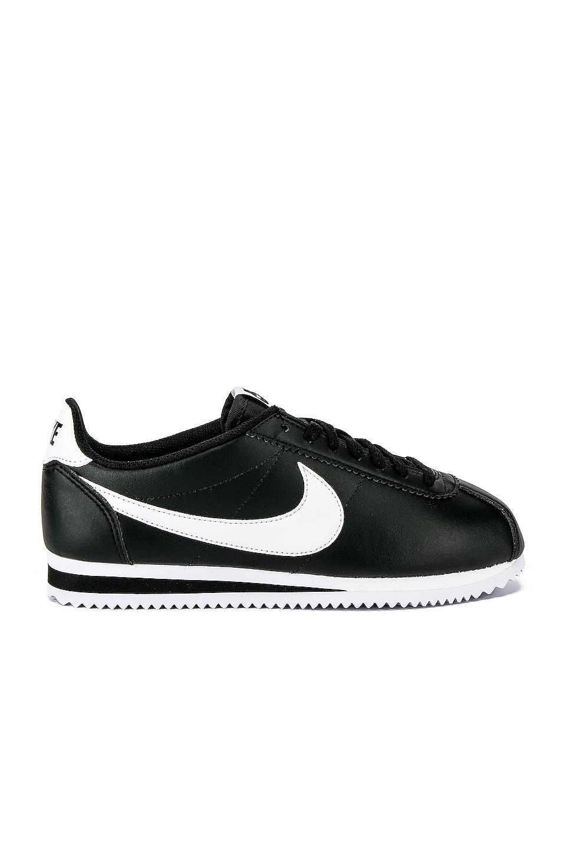 Nike Classic Cortez Sneaker in Black