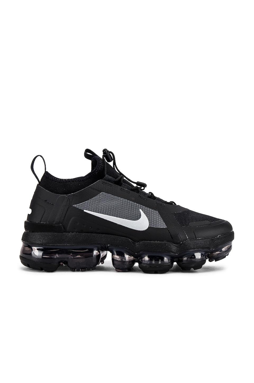 Nike Vapormax 2019 Utility Sneaker in Black, Reflect Silver & White