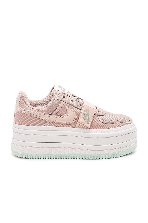Nike Vandal 2K Sneaker in Particle Beige  409b71158