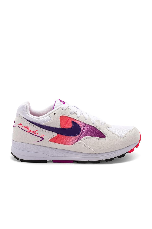 Air Skylon Ii Sneaker, White