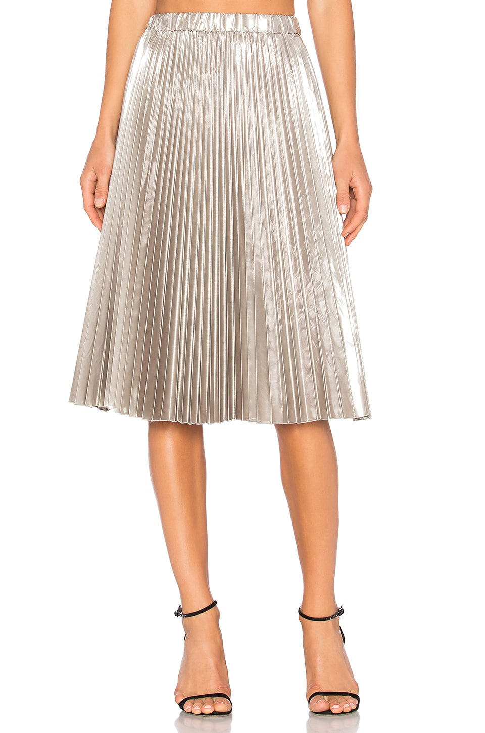 No. 21 Pleated Midi Skirt in Silver