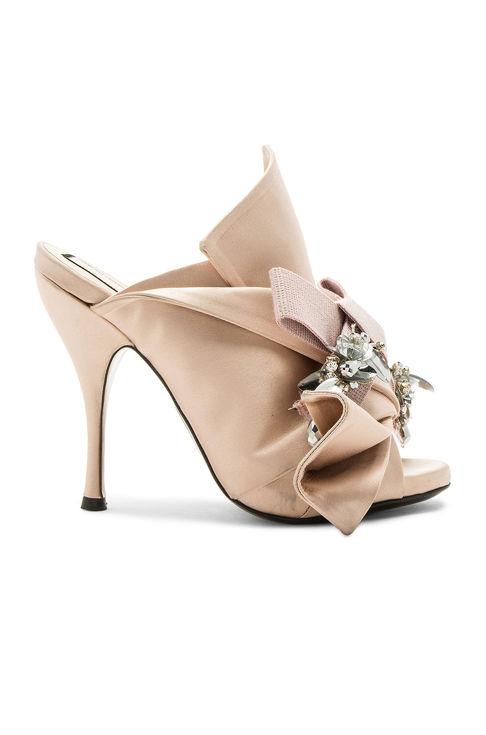 No. 21 Embellished Bow Mule in Raso Cipria