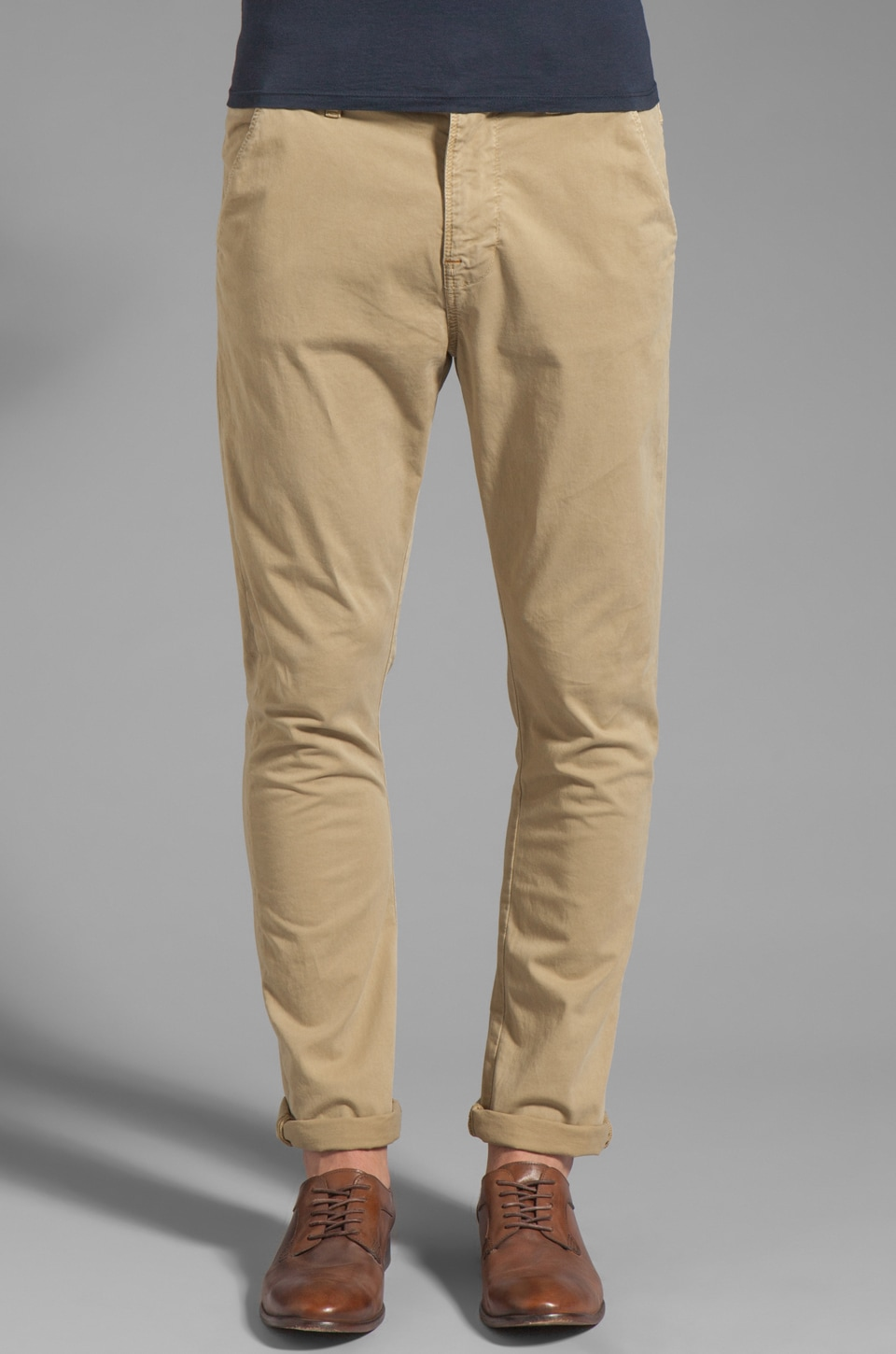 Nudie Jeans Khaki Slim in Organic Warm Sand